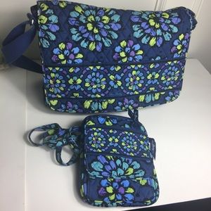 Pre- loved Vera Bradley Set of bags.